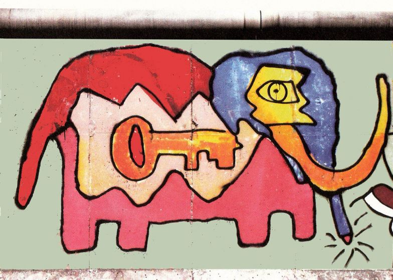 Elephant Key Berlin Wall painting